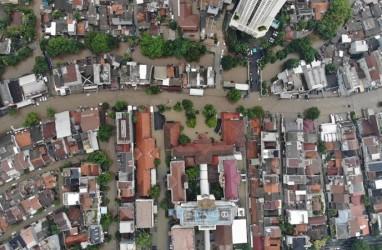 Imbas Banjir Jabodetabek ke Beras Diwaspadai