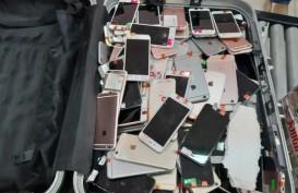 Turis China Selundupkan 229 iPhone Bekas