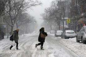 Badai Musim Dingin AS: 10 Orang Tewas dan 1.000 Penerbangan…
