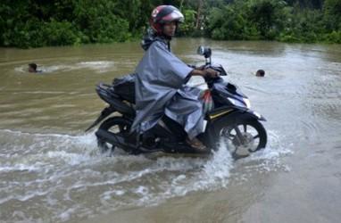 Gubernur Sulsel Janji Segera Benahi Infrastruktur Daerah Terdampak Banjir