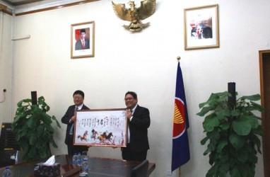 Bangun Smelter, Borneo Alumina Teken Kontrak Rp9,5 Triliun di KBRI Beijing