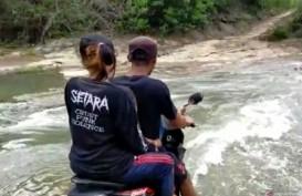 Warga Tiga Desa di Cianjur Terisolir karena Jembatan Putus