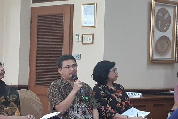 Ketua Perhimpunan Dokter Paru Indonesia Agus Dwi Susanto di Gedung Kemenkes, Jakarta pada Rabu (15/1/2020) menjelaskan bahwa di Indonesia sudah terdapat penderita paru-paru bocor vape. - Bisnis.com/Ria Theresia Situmorang