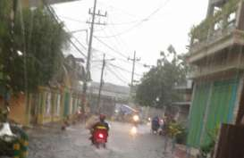 Sejumlah Kawasan di Surabaya Dilanda Banjir