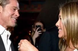Tatapan Kagum Brad Pitt pada Jennifer Aniston di SAG Awards 2020
