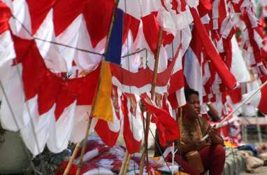 Hari Patriotik, Bendera Merah Putih Sepanjang 2.300 Meter Dibentangkan di Gorontalo
