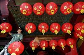 Rayakan Imlek, Vihara Dharma Ramsi Bandung Nyalakan Ratusan Lilin