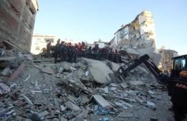 Foto-foto Dampak Gempa di Turki yang Tewaskan 29 Orang