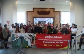 VietJet dari Hanoi Mendarat Perdana di Bali