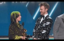 Billie Eilish Boyong 5 Piala Grammy Awards 2020