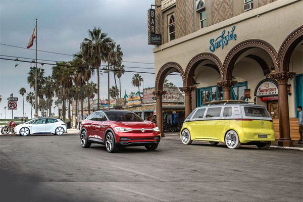 Mobil konsep Volkswagen.  - VOLKSWAGEN