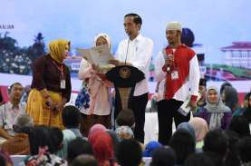 Presiden Jokowi Serahkan 3.218 Sertifikat Tanah di…