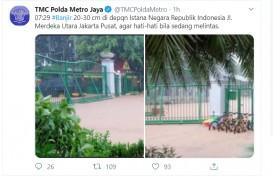 Jalan Depan Istana Negara Banjir Setengah Meter