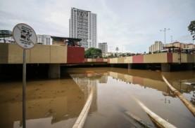 Banjir Underpass Kemayoran: Belum Surut, Penanganan…
