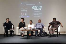April 2020, Pementasan 'Under the Volcano' hadir di…