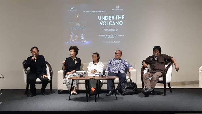 Ciputra Artpreneur bersama Bumi Purnati Indonesia membawa pertunjukan teater karya Sutradara Yusril Katil dan Komposer Elizar Koto, 'Under the Volcano', secara utuh untuk pertama kalinya di Jakarta. (Nirmala Aninda)