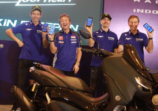 Direksi Yamaha Indonesia Motor Manufacturing dan dua pebalap tim Monster Energy Yamaha MotoGP, Valentino Rossi dan Maverick Vinales, di sela-sela pengumuman hargaAll New Nmax 155 Connected-ABS - Yamaha.