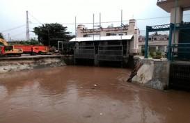 Jakarta Banjir Lagi, Anies Baswedan Pantau Pintu Air Manggarai