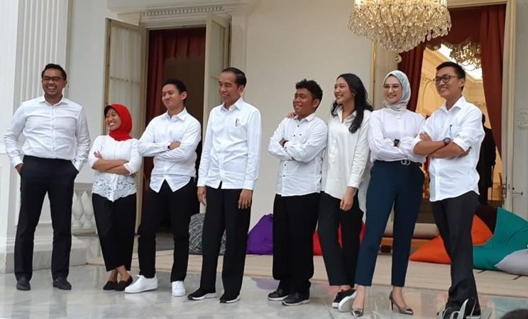 Presiden Joko Widodo memperkenalkan tujuh orang staf khusus. / Amanda Kusumawardhani