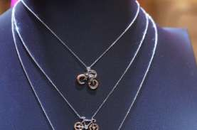 Jelang Valentine, Bisnis Perhiasan Makin Berkilau