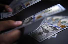 Wabah Bisa Berakhir pada April, Dolar AS Naik ke Level Tertinggi