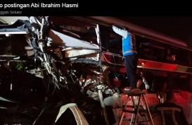 Truk tak Kuat Menanjak di Tol, Dihantam Bus Sinar Jaya, 2 Tewas