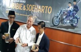 BUKU BARU: Potret Kedekatan Habibie & Soeharto