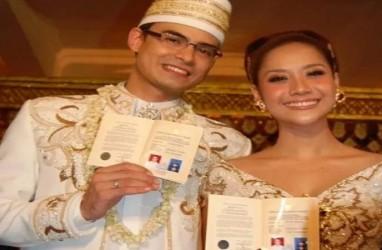Anne Avantie Menangis saat Kebaya Pengantin Ashraf Sinclair dan BCL Hilang