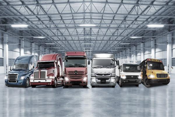 Jajaran merek truk Daimler Group. - DAIMLER