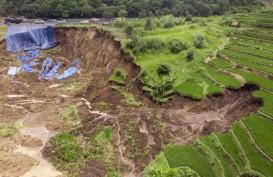 Tanah Bergeser Terjadi lagi di Longsoran Dekat Tol Cipularang