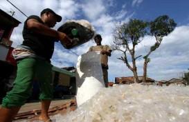 Cukai Plastik Melenggang di Parlemen, Respons Emiten Bervariasi