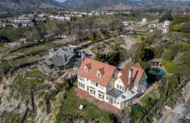 Rumah Mewah Anthony Hopkins di Malibu Dijual US$11,5 Juta
