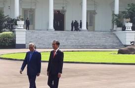 Mahathir Mundur, Bursa Malaysia Terbenam Bersama Ringgit