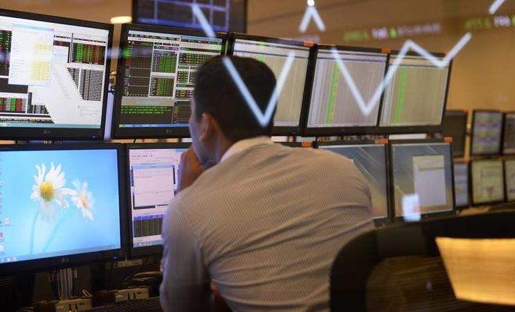 Bursa Efek Indonesia (IDX). - Dimas Ardian /Bloomberg