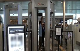 Hindari Menggunakan Pakaian dan Aksesori Ini di Bandara