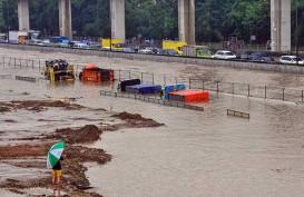 Banjir Jakarta 25 Februari Rugikan Pengusaha Depo Kontainer Miliaran Rupiah