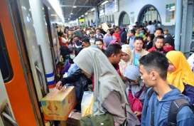 Sejumlah KA Terlambat Tiba di Surabaya Akibat Banjir