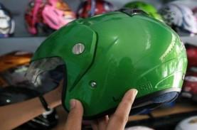 Helm Berjamur? Ini 5 Langkah Merawatnya