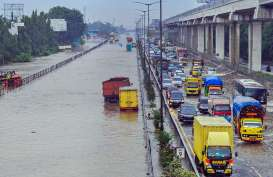 Angkutan Merugi Rp25 Miliar Akibat Banjir Jakarta 25 Februari