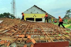Hujan Badai di Depok Sebabkan Belasan Rumah Rusak