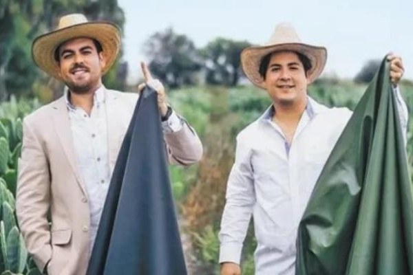 Dua pengusaha asal Meksiko yakni Adrin Lpez Velarde dan Marte Czarez, menemukan kulit sintetis dari kaktus. - indiatimes.com