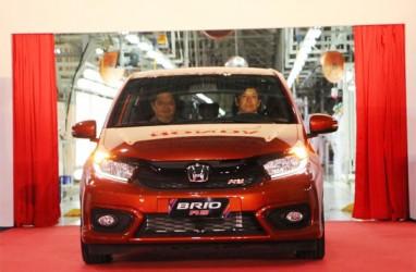 Renault Triber atau Honda Brio?