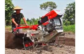 Indonesia Hibahkan 100 Unit Traktor Tangan ke Petani Fiji