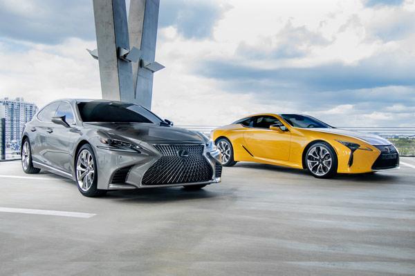 Lexus LS dan Lexus LC. - Lexus