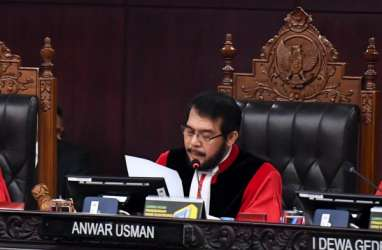 Trio Mantan Pimpinan KPK Dorong MK Hadirkan Presiden Jokowi