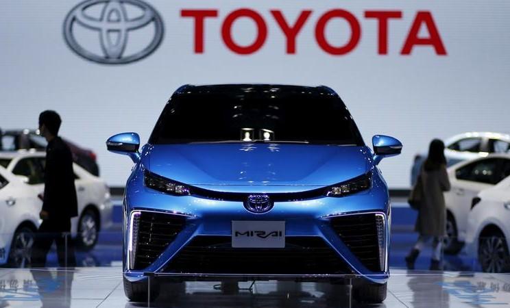 Sebuah mobil Toyota Mirai terlihat di Pameran Industri Otomotif Internasional Shanghai. -  REUTERS / Aly Song