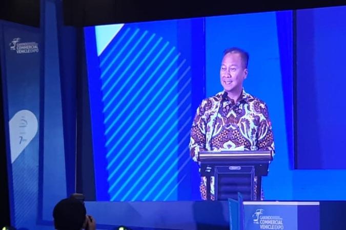 Menteri Perindustrian Agus Gumiwang Kartasasmita memberikan kata sambutan dalam pembukaan pameran kendaraan komersial, Gaikindo Indonesia International Commercial Vehicle Expo (Giicomvec) 2020, di Jakarta, Kamis (5/3/2020) - Bisnis.com/Dionisio Damara.