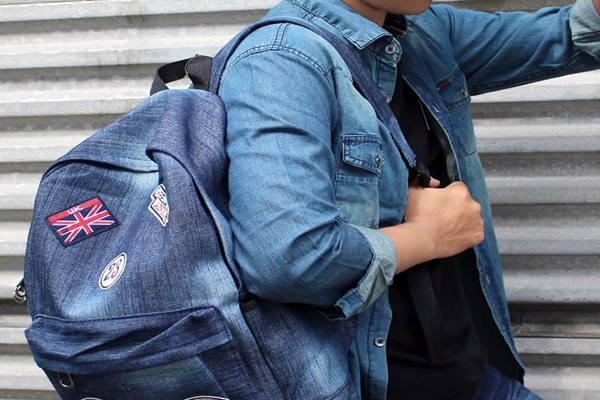 Tas punggung - Istimewa