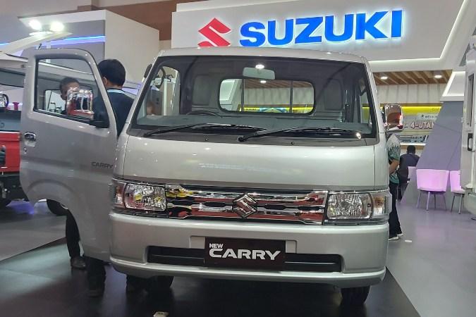 Suzuki New Carry Pick Up Luxury dipajang di pameran Gaikindo Indonesia International Commercial Vehicle Expo (Giicomvec) 2020 - Bisnis.com/Setyo Aji Harjanto.