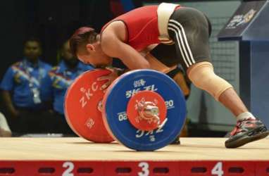 Dicoret dari Pelatnas, Impian Deni Tampil di Olimpiade Tokyo Pupus